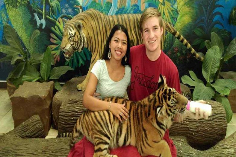 Công viên Sriracha Tiger Zoo