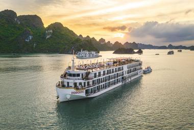 Hà Nội - Hạ Long Du thuyền Indochine 5* 2N1Đ