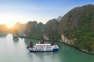 Hà Nội - Hạ Long Du Thuyền La Pinta Cruise 5* 2N1Đ