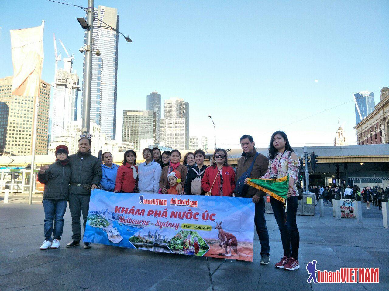 Đoàn khách Lữ Hành Việt Nam đi du lịch Úc