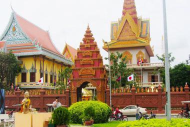 Quy Nhơn - HCM - Siemreap - Phnompenh 4N3Đ