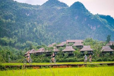 Hà Nội - Mai Châu - Bản Lác 2N1Đ