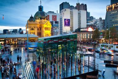 Nha Trang - Melbourne - Sydney 6N5Đ - Bay Jetstar Airways
