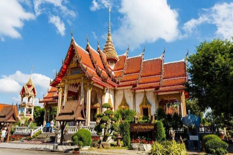 Vẻ đẹp uy nghiêm của chùa Wat Chalong