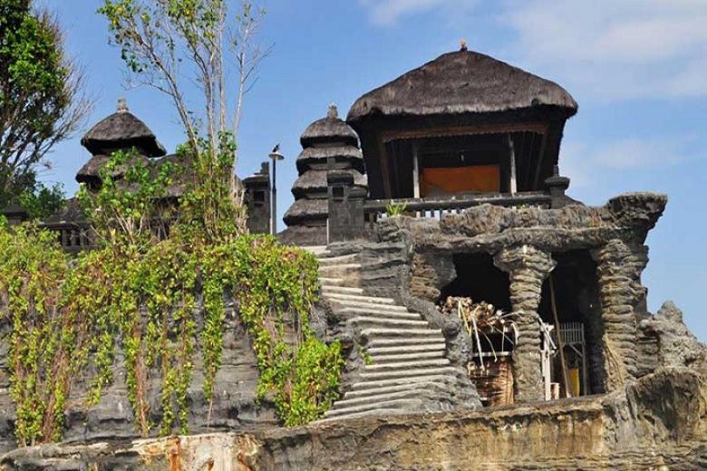 Đền Uluwatu Temple