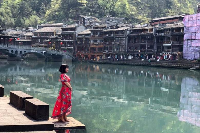 Quy Nhơn - Trương Gia Giới - Phượng Hoàng Cổ Trấn - Hồ Bảo Phong 4N3Đ