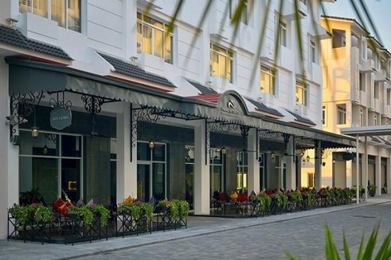 Khách sạn Paradise Suite