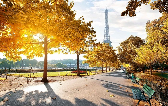 5-Places-to-see-Fall-Foliage-in-Paris-by-Paris-Perfect3