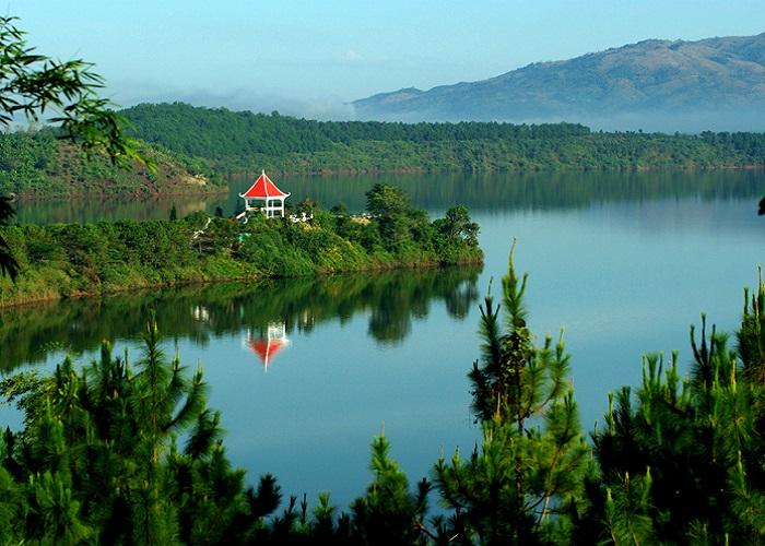 Biển Hồ T'Nưng - Nơi cũng cấp nước sạch và cá cho Tp. Pleiku
