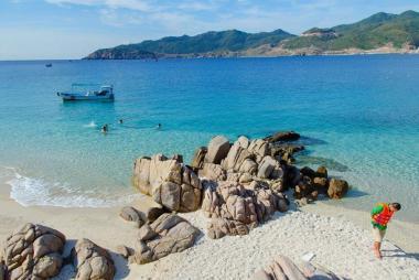 Tour Bình Ba Khám Phá Đảo Nuôi Tôm Hùm 2N1Đ