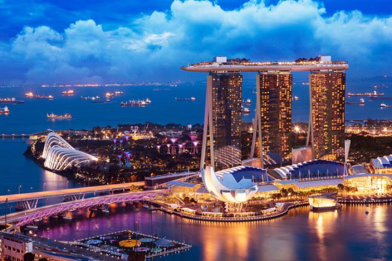 Cần Thơ - Singapore - Indonesia - Malaysia 6N5Đ + Bay Scoot Air/Vietjet Air