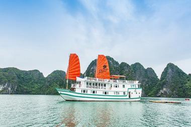 Tour Hạ Long 2N1Đ - Trải nghiệm Thủy Phi Cơ + Du Thuyền L'Azalee Deluxe 3 Sao