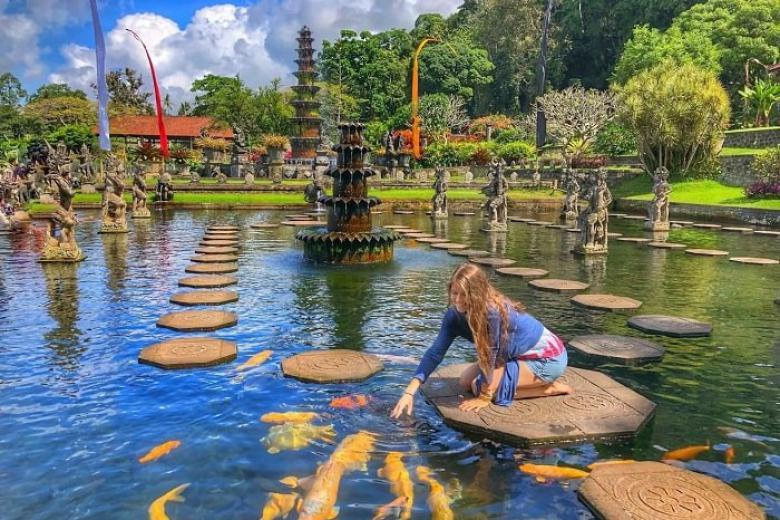 cung điện nước Tirtagangga