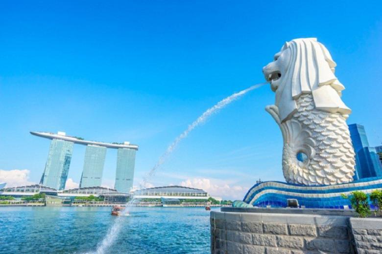 Bức tượng nửa sư tử nửa mình cá