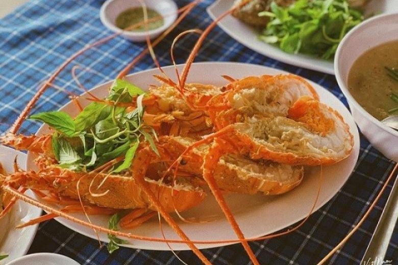 Thưởng thức hải sản Bình Hưng