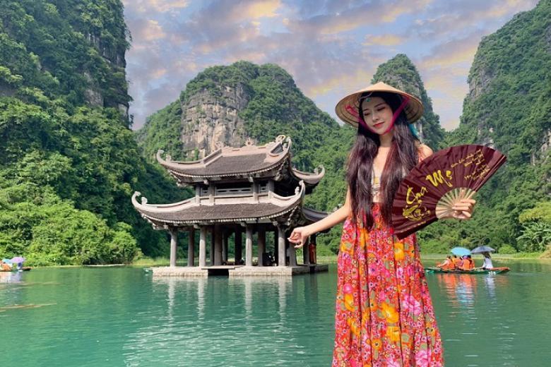 Hà Nội - Tràng An - Bái Đính 1N, Xe Ôtô